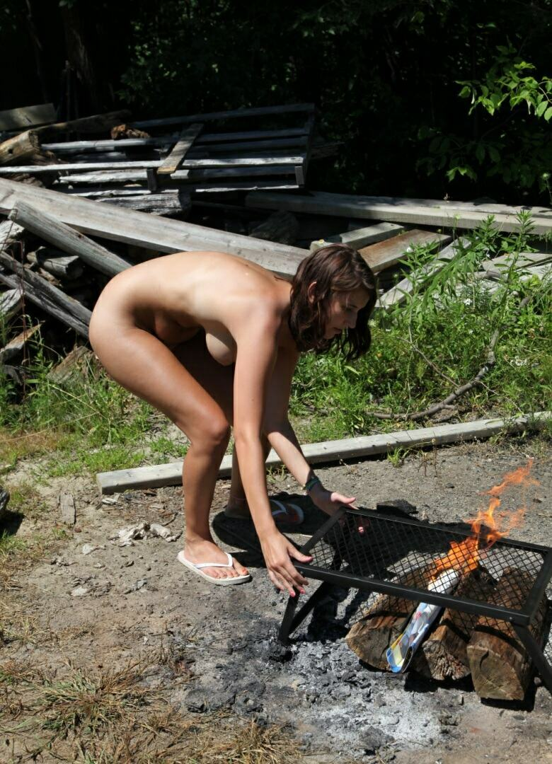 Nudism and Naturism Family Photos and Videos  Naturist