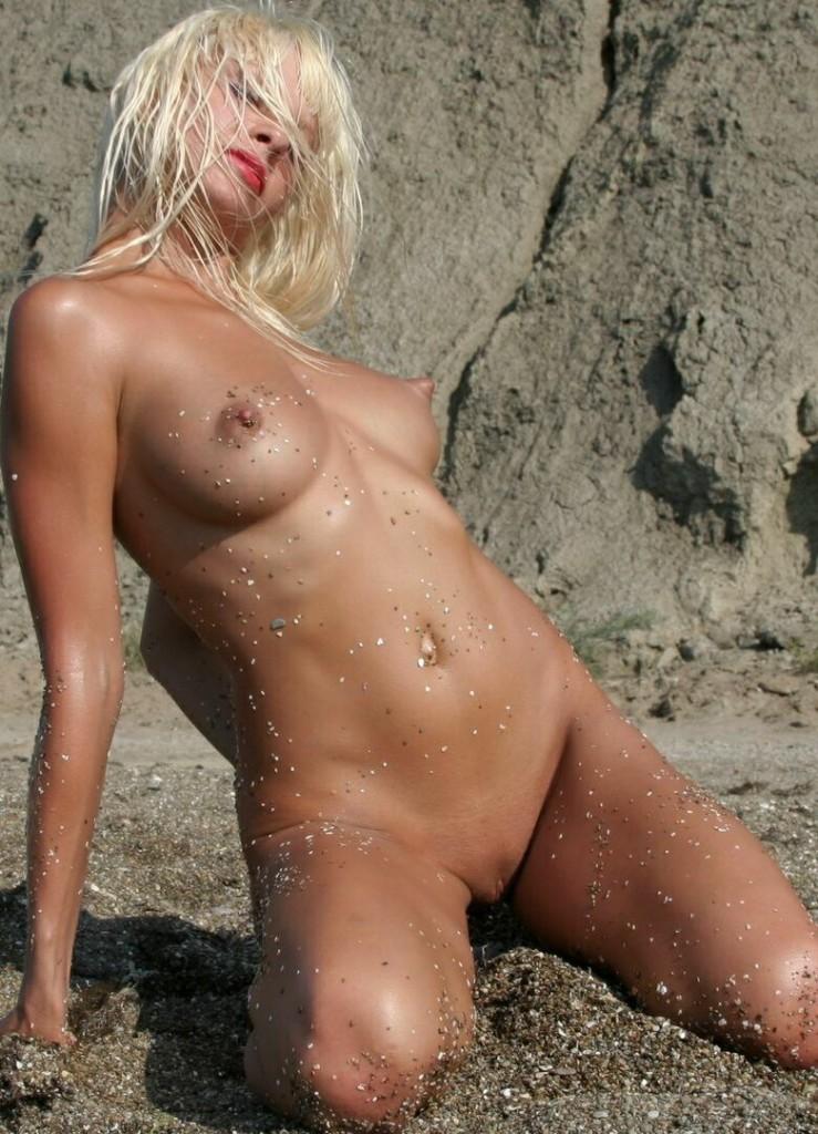 nude nudism
