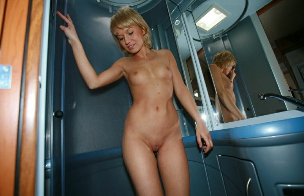 naturists girls