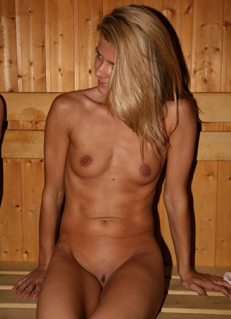 Friends Nude Pool Sauna 04