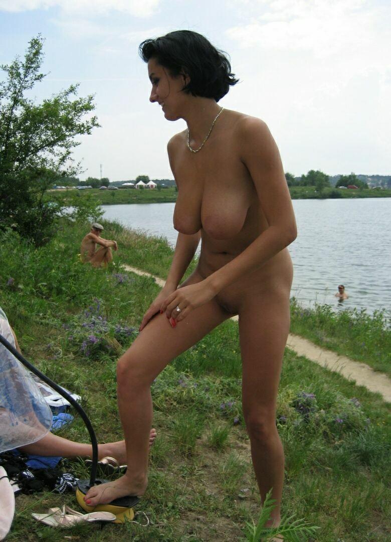 Girlfriends Nudists Lake Tour 07