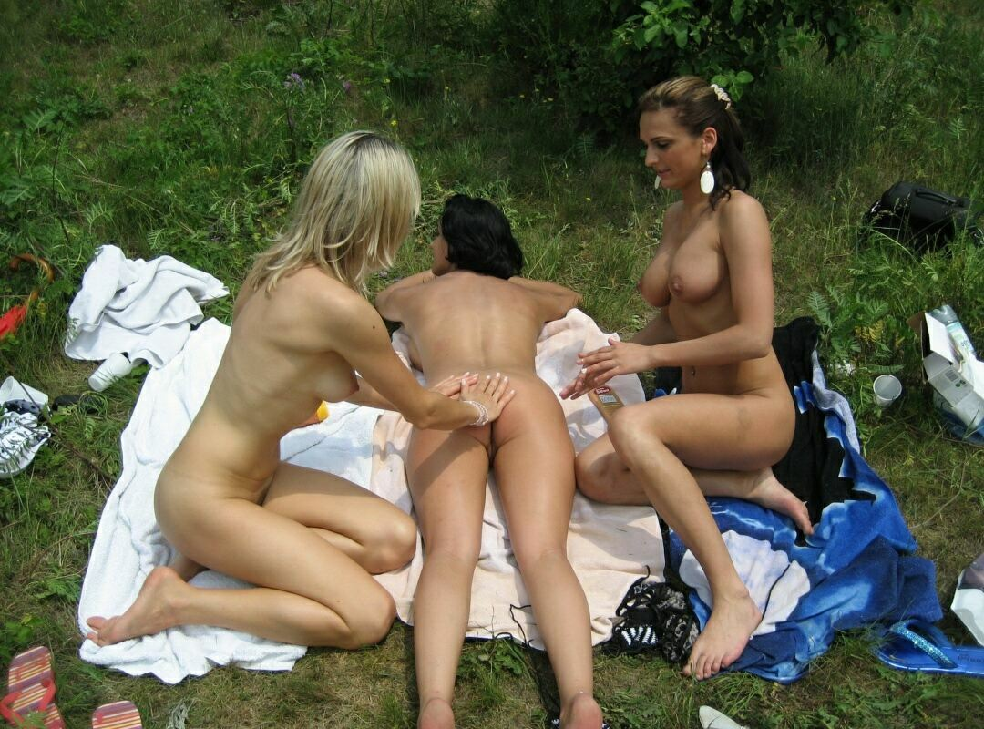Girlfriends Nudists Lake Tour 18