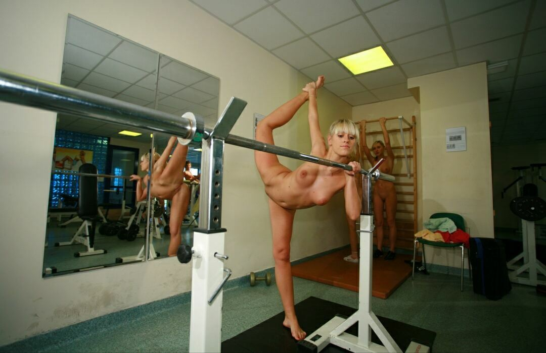 Gymnast girl nudists 11