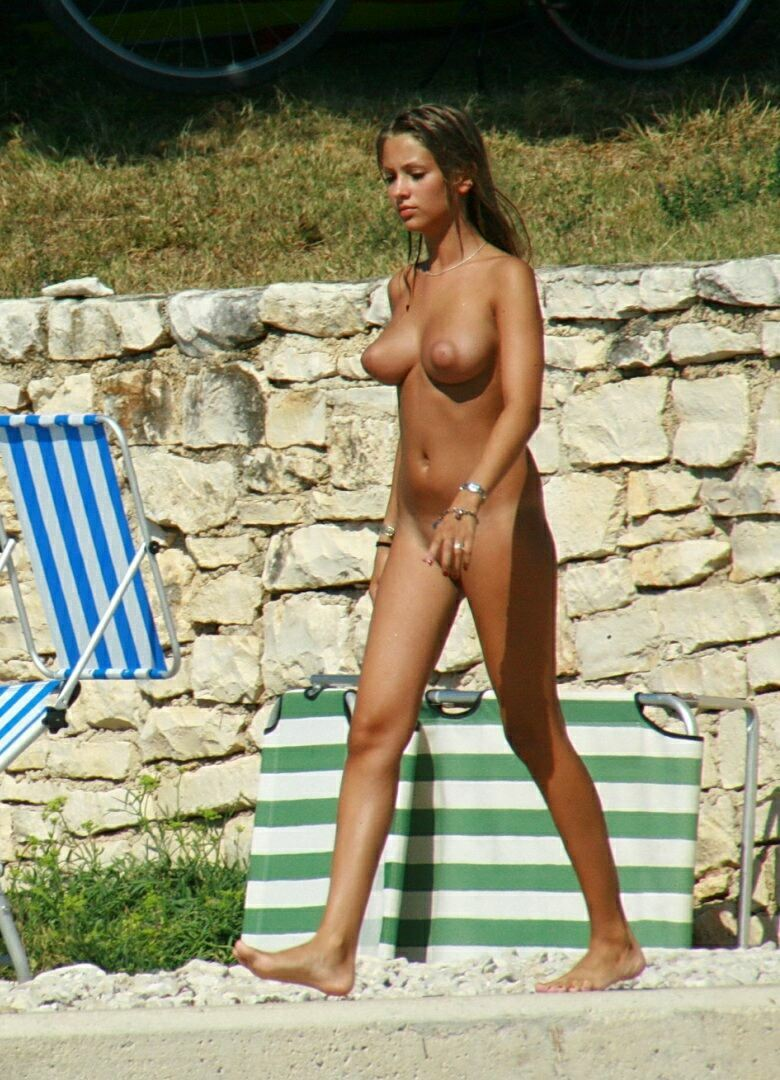 Nudist Beaches Girl.11