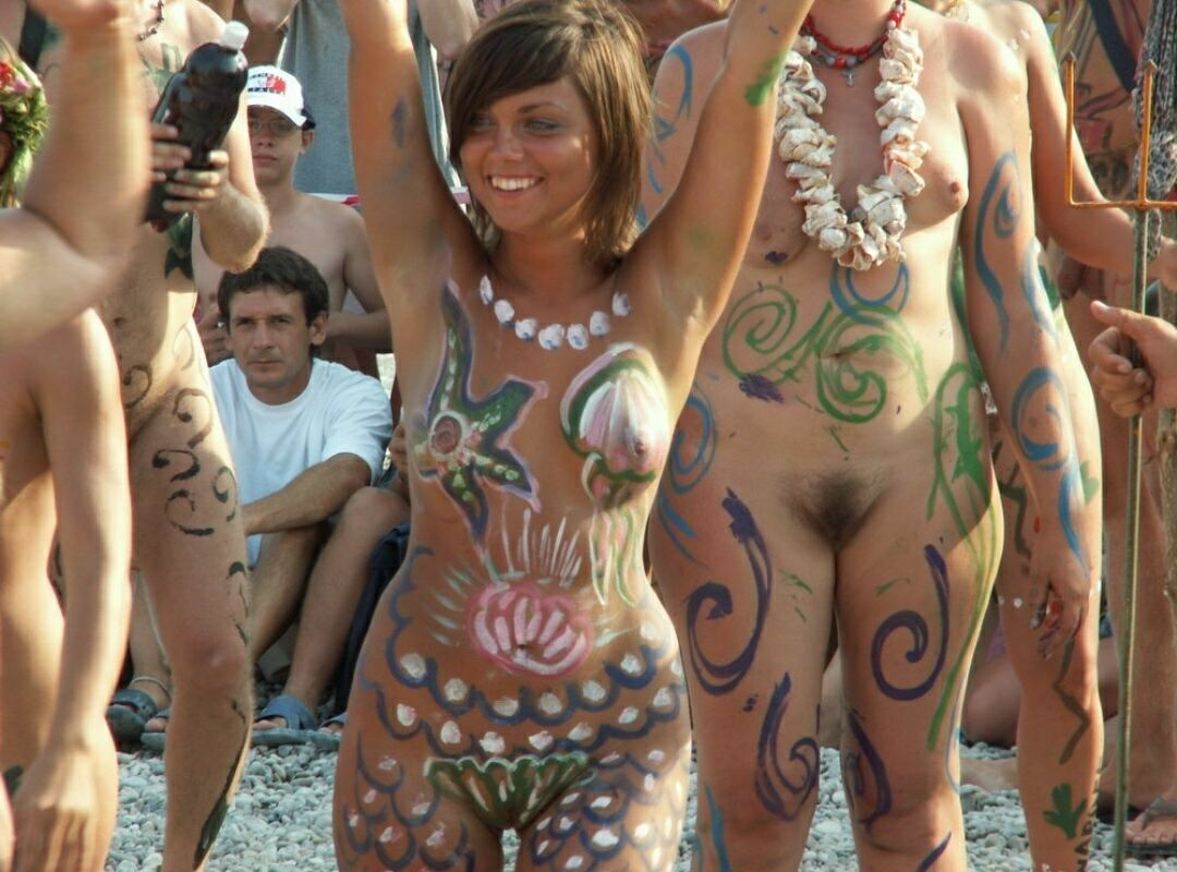 Nudist Events and Occasions 08