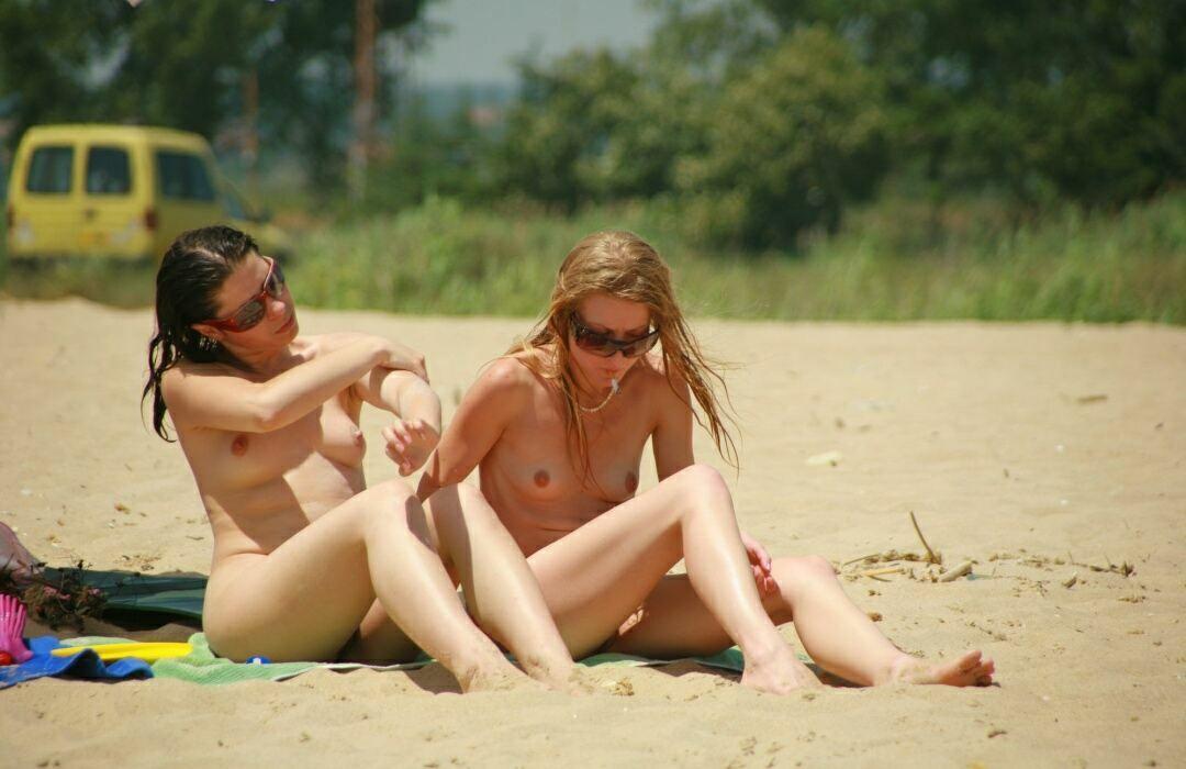 Nudists beaches photo 03