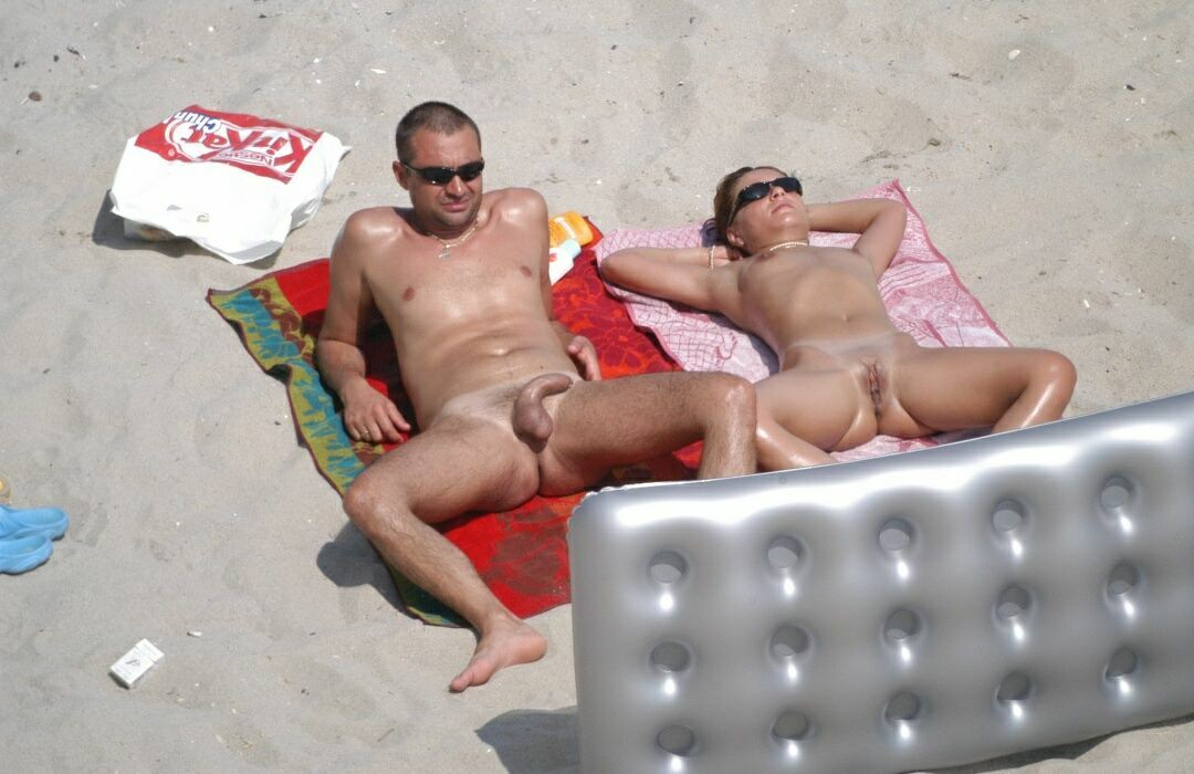 Nudists beaches photo (3) 09