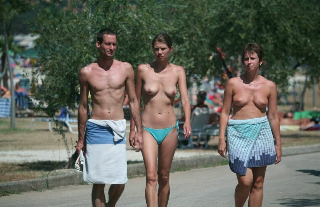 nudist family pictures 11