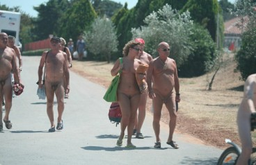 nudist pictures