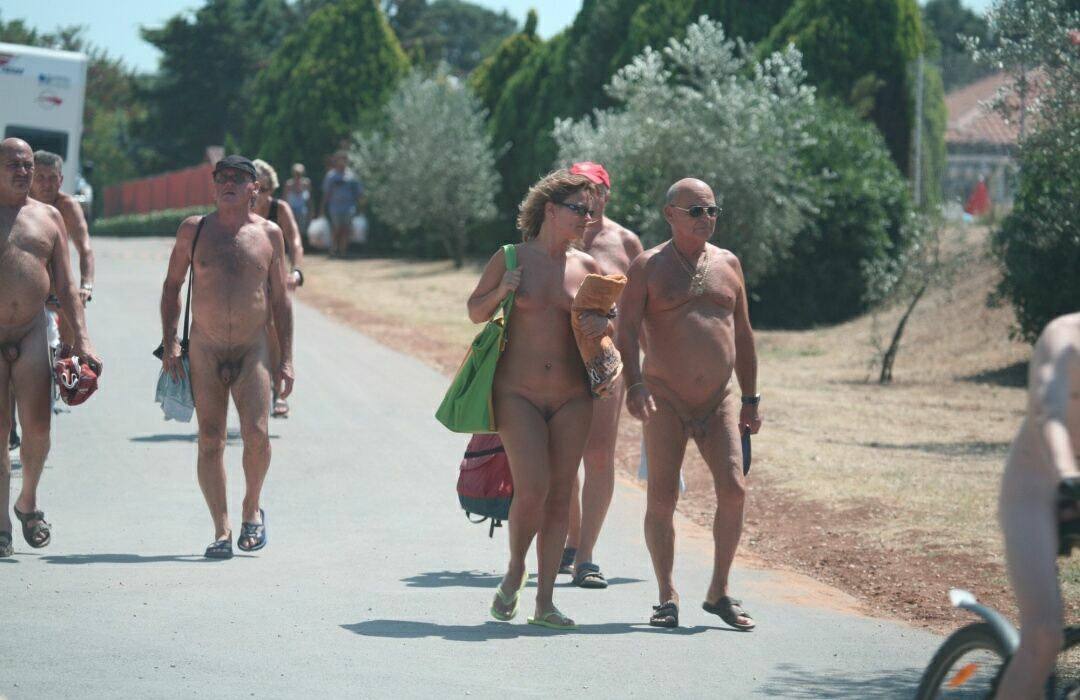 nudist family pictures 7