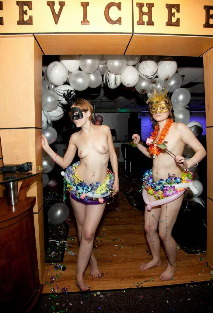 Nudist Pictures-Masquerade Entrance Arc16