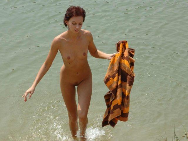 Outdoor Nudist Sites-Nudists Images [Purenudism]