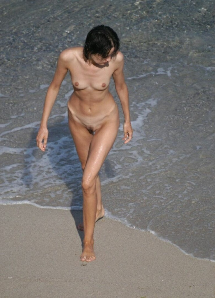 nudists beach